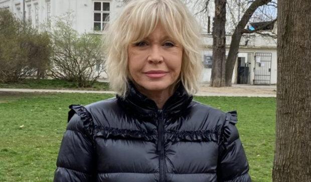 """""""Lituji, že jsem neměla víc dětí"""": Jak žije herečka Jana Švandová. Co by chtěla herečka změnit ve své minulosti"""