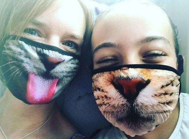 Roušky s kočkami budou letos na podzim nejmódnější
