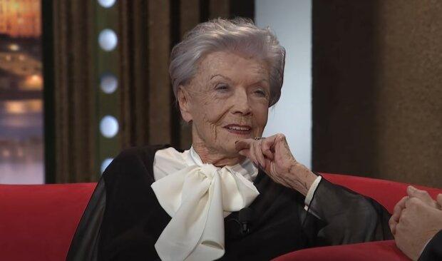 """""""Lidé nehledají recept na krátkověkost"""": Smutný svátek. Jak Zdenka Procházková oslavila 95. narozeniny"""